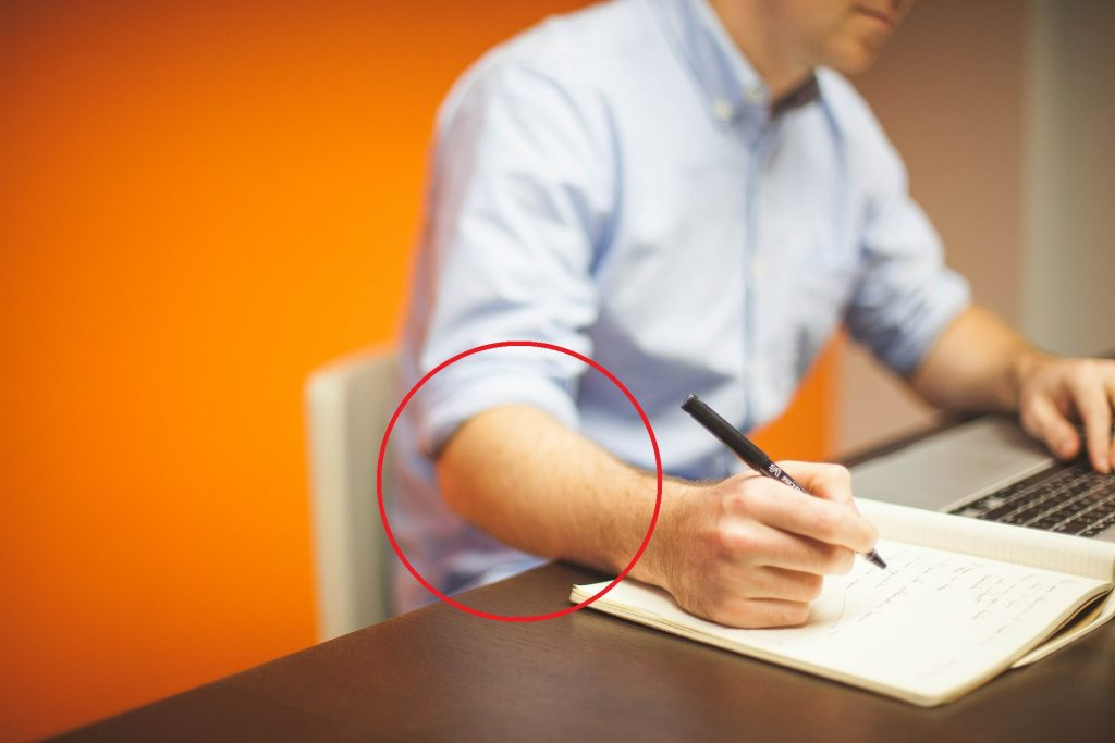 best posture while writing