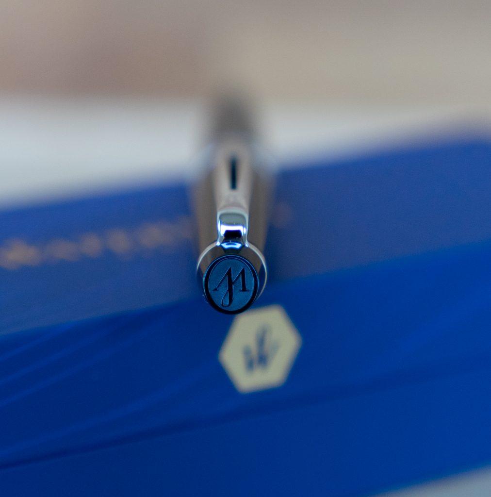 Waterman expert logo pen