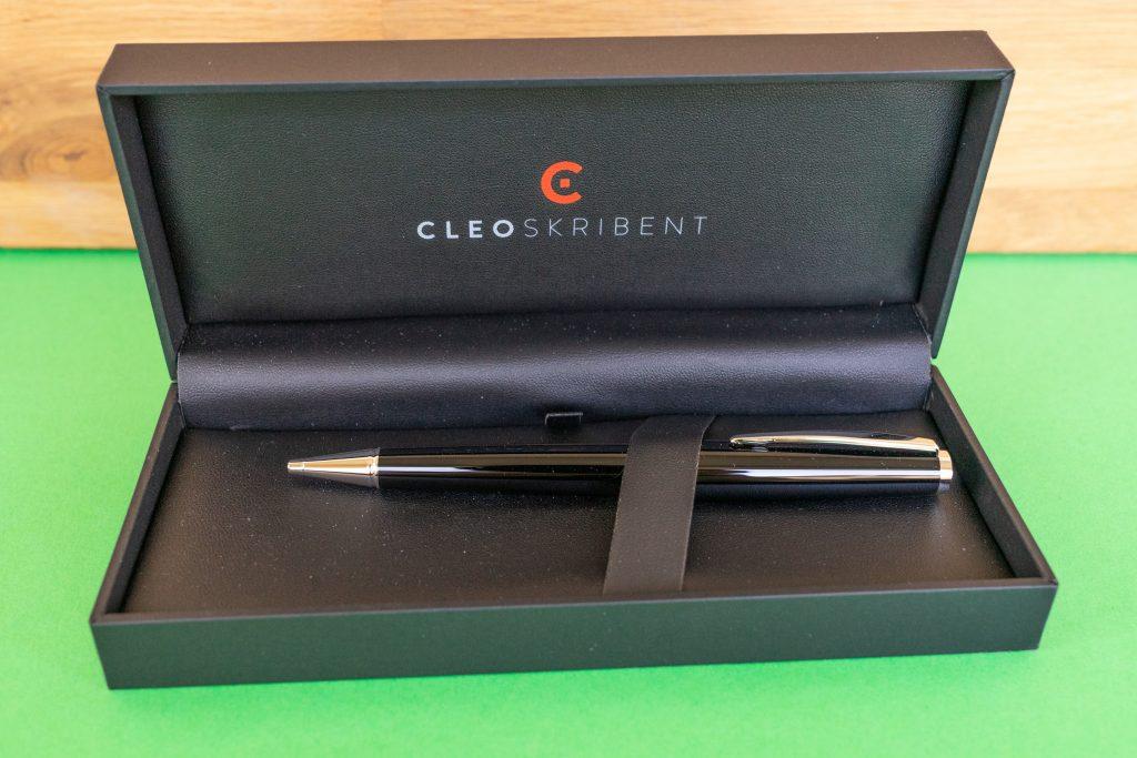 Cleo Skribent packaging